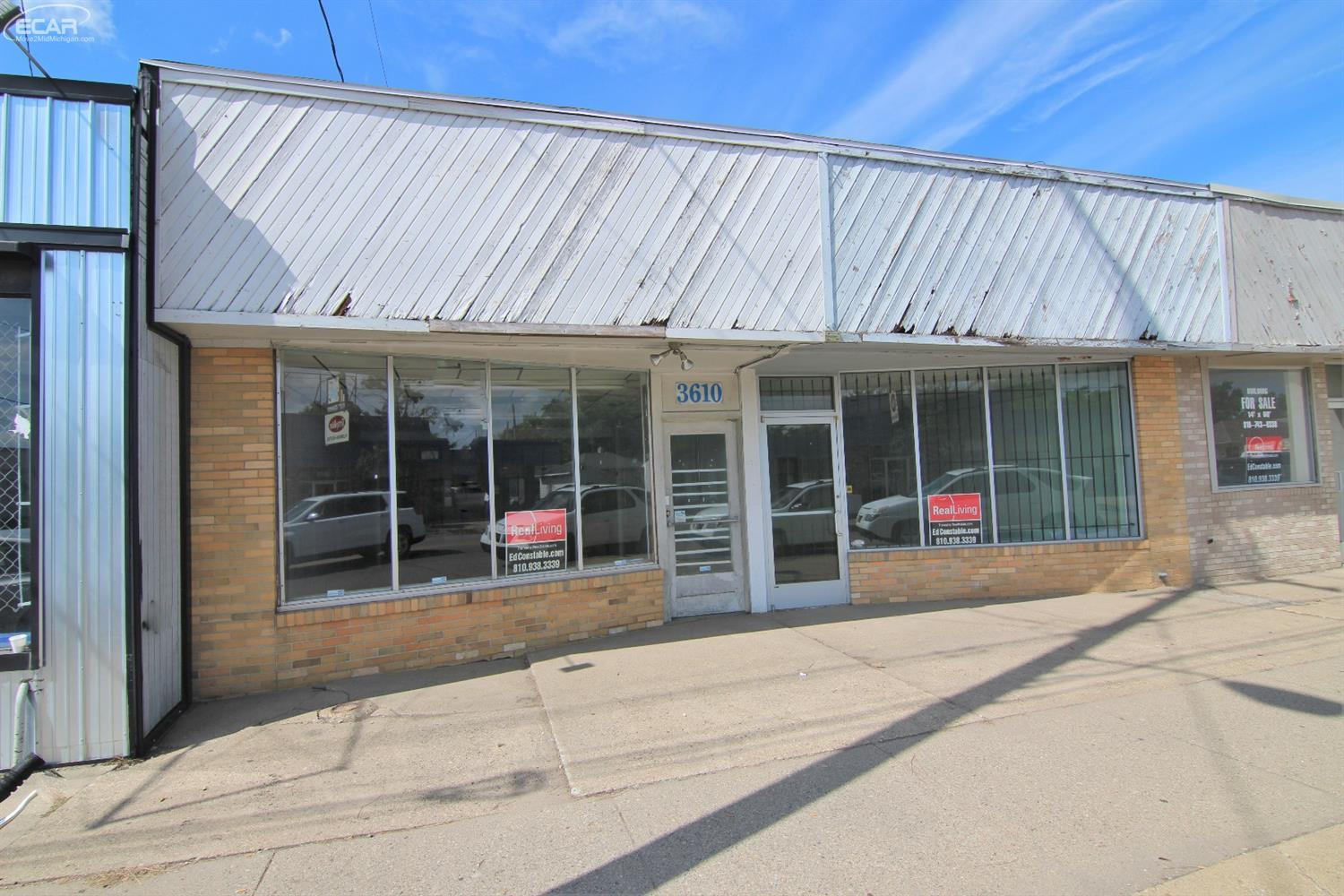 Commercial Building For Sale In 3608 3610 Fenton Rd Flint