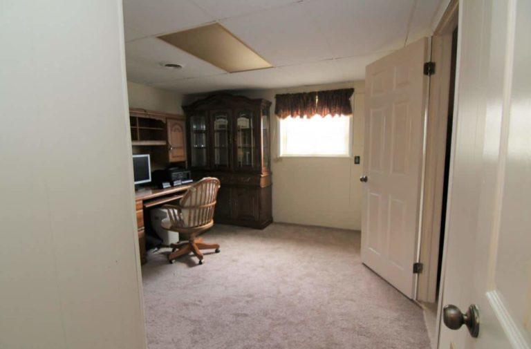 2451 Valleylane Dr Bedroom 1