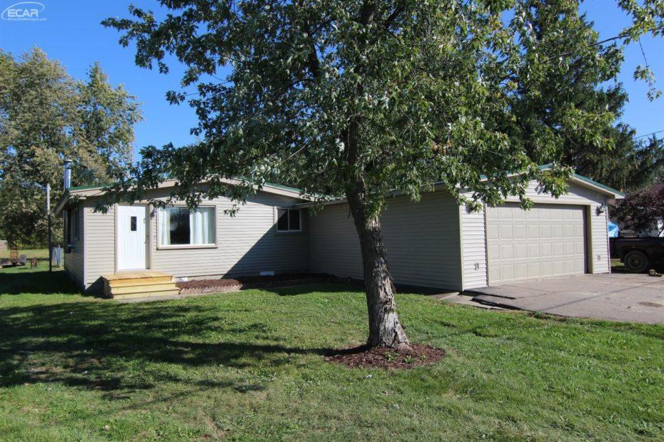 5051 Nichols, Swartz Creek for sale